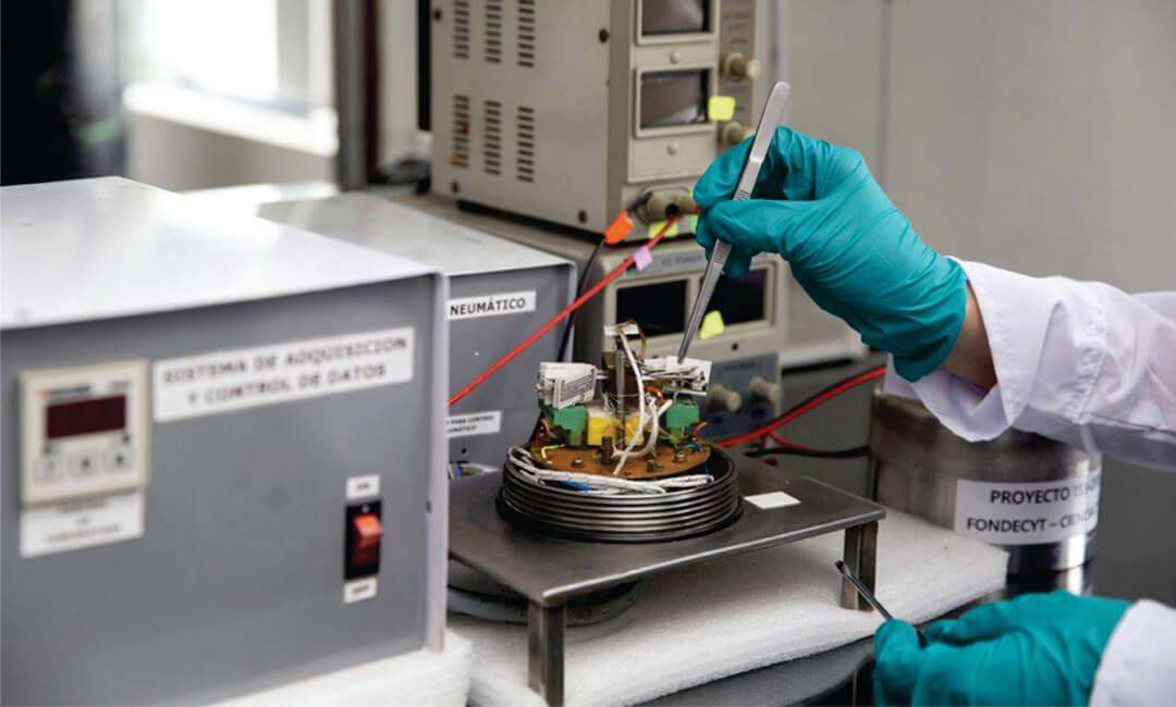 Investigadores de la PUCP y UNI desarrollan Nariz electrónica y obtienen patente en Indecopi